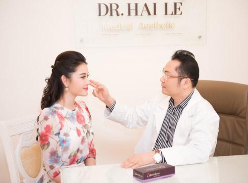Á hậu Huyền My cũng là khách hàng đã từng thực hiện nâng mũi tại Dr.Hải Lê