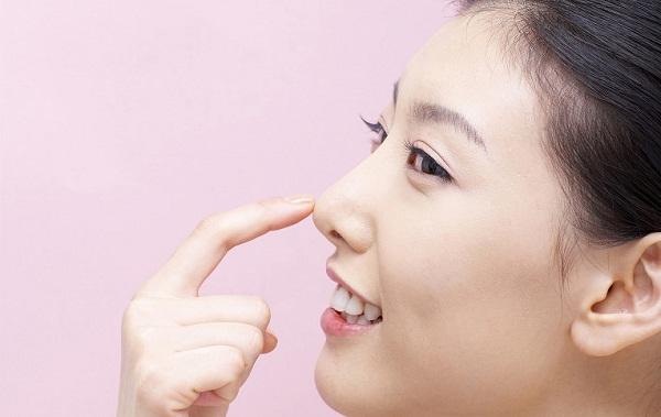 có nên sửa mũi không