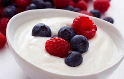 Phương pháp giảm cân bằng sữa chua và nho tươi