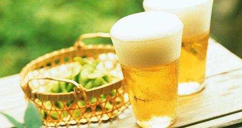 Cách làm trắng da mặt bàng bia
