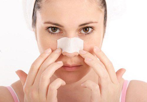 Vệ sinh sau khi nâng mũi