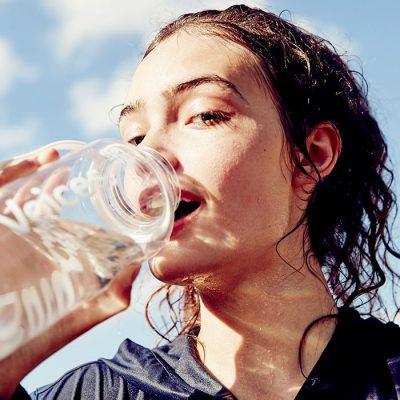 Để giảm cân nên uống nhiều nước