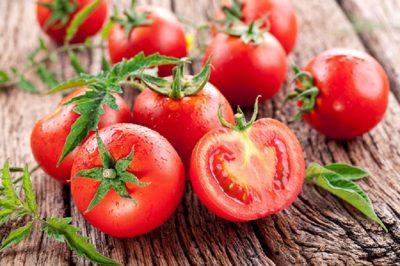 Cà chua giúp da trắng mịn màng