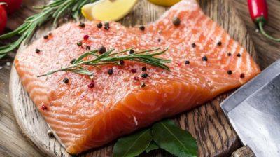 tẩm ướp gia vị là ruốc cá hồi