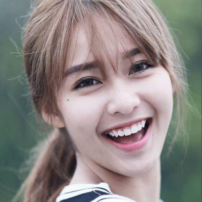 Khả Ngân xinh đẹp khi sở hữu đôi mắt cười